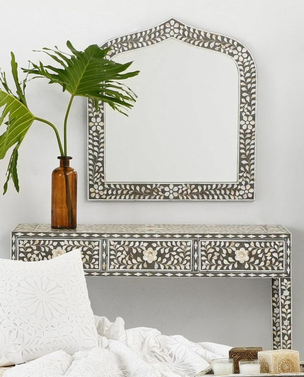 mother of pearl inlay console set