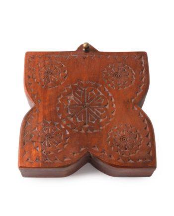 Indian spice box – square
