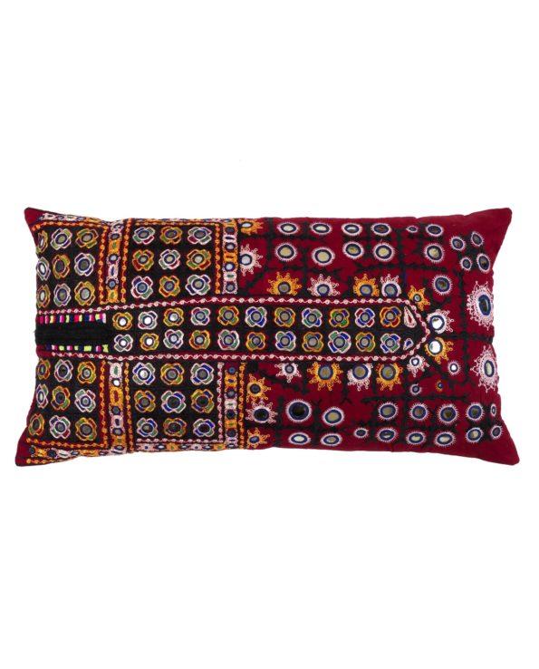 Pari vintage Kutch cushion