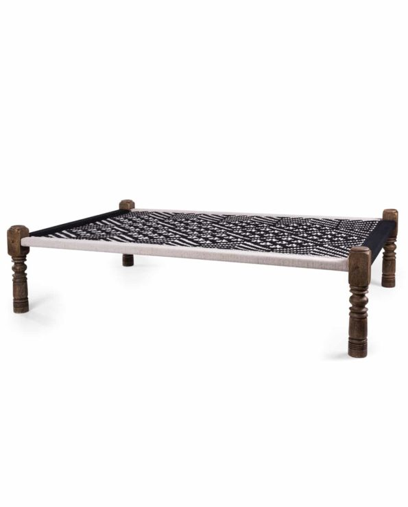 Indian Charpoy daybed black and white – Big